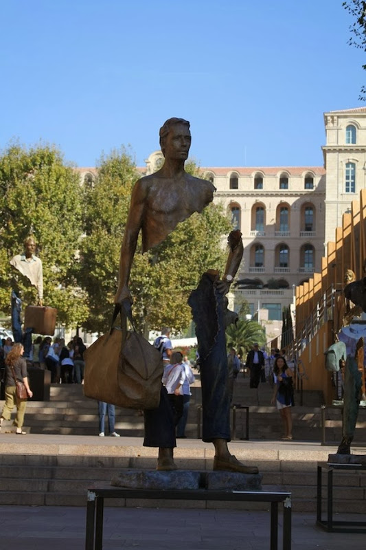 Sculptures by Bruno Catalano: bruno catalano 4[4].jpg